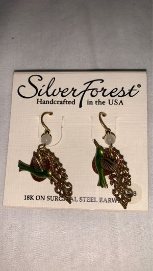 Brand new earring silver forest paid 18 and I will take 12 for Sale in Murfreesboro, TN