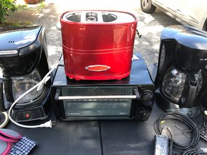 Toaster/kitchen appliances for Sale in Pompano Beach, FL