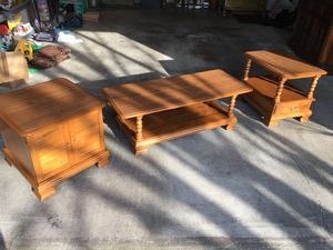 ETHAN ALLEN Nutmeg Maple coffee table and two accent end tables for Sale in Brooks, OR