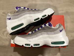 Air Max 95 Grape Snakeskin Size 8.5 and 9 Men's for Sale in Anaheim, CA