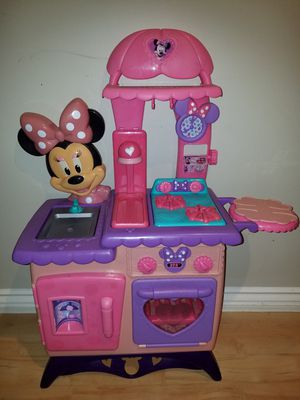 Minnie Mouse kitchen for Sale in Corona, CA