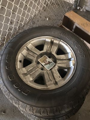 Chevy Silverado Tires and rims 275 R18 for Sale in San Diego, CA
