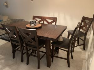 Dining Room Table for Sale in Melbourne, FL