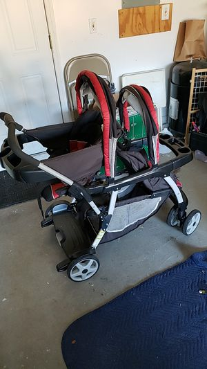 Graco click connect double stroller for Sale in Tampa, FL