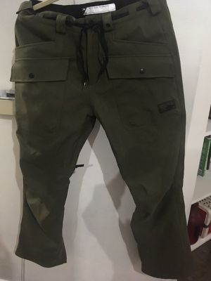 Analog snowboard pants -size Medium for Sale in Salt Lake City, UT