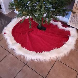 """Red Velvet Christmas Tree Skirt 60"""" Diameter for Sale in City of Industry, CA"""