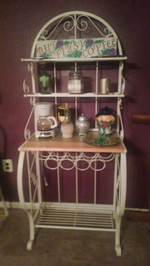 Bakers rack wine rack on bottom for Sale in Batsto, NJ