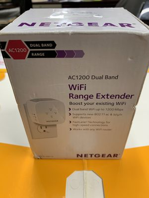 Wifi extender NEW !!AC1200 DUAL BAND NETGEAR for Sale in City of Industry, CA