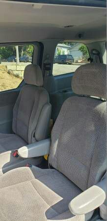 Minivan Complete Seat Set for Sale in Lincoln Acres, CA