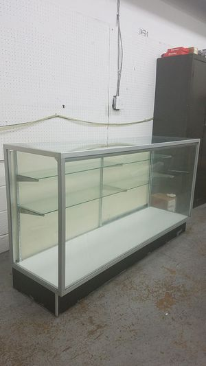 Glass and aluminum frame display with light for Sale in Rockville, MD