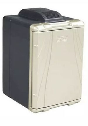 Coleman 40 quart 12v thermoelectric cooler for Sale in Portal, GA