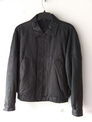 Mens Leather Jacket for Sale in Menomonee Falls, WI
