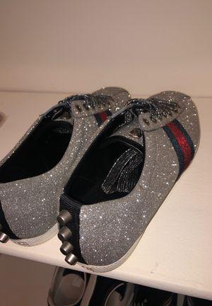 Gucci Glitter Web Shoes Size 5.5 boys for Sale in Hamilton, OH