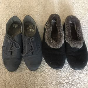 Free-2 Pairs Of Shoes for Sale in Vancouver, WA
