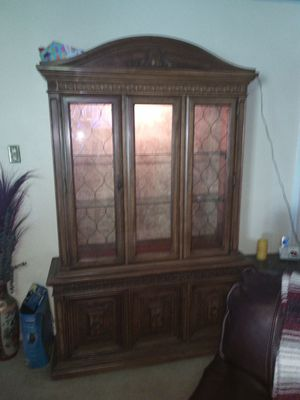 Duncan Phyfe China cabinet for Sale in Forest Hill, LA