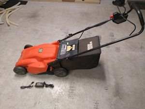 Black and decker cordless electric lawn mower for Sale in Flower Mound, TX