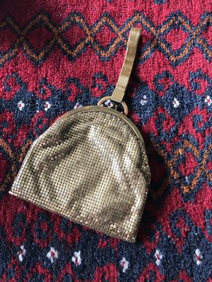 1930s Whiting & Davis Wristlet Purse for Sale in Seattle, WA