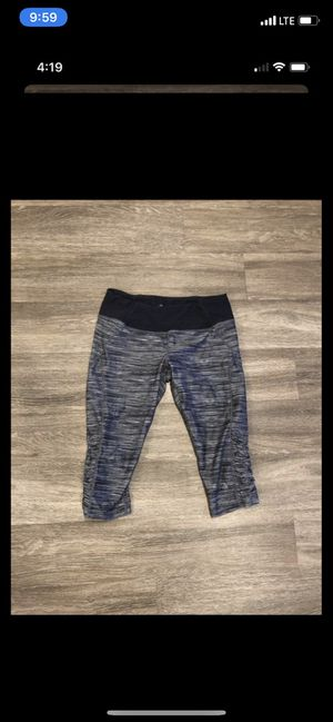 Cropped leggings for Sale in Phoenix, AZ