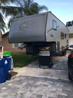 5th wheel camper for Sale in Homestead, FL