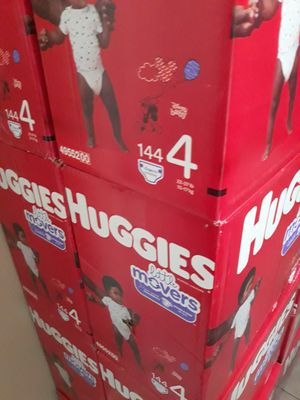 HUGGIES LITTLE MOVERS SIZE 4 $33 CADA UNO PRECIO FIRME for Sale in Santa Ana, CA