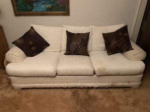 White sleeper couch for Sale in High Point, NC