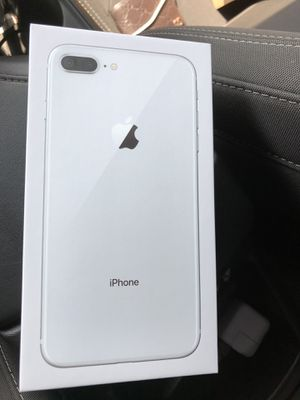 iPhone 8 Plus 64gb. Silver unlocked for Sale in Houston, TX