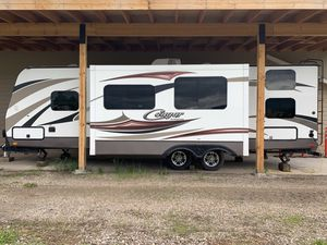 2015 28' Keystone Cougar X-lite Travel Trailer for Sale in Frenchtown, MT