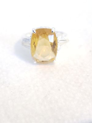 Gold Topaz Ring for Sale in Fort Leonard Wood, MO