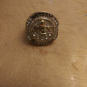 Kobe Bryant Championship Ring for Sale in Chicago, IL