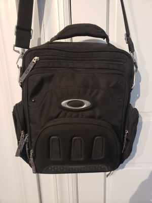 Oakleys backpack for Sale in Lake in the Hills, IL