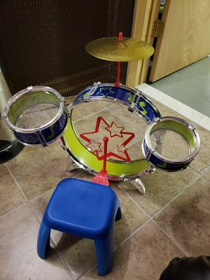Toddler size drum set for Sale in Bayonne, NJ