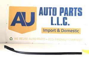 A07 06-13 Lexus IS250 IS350 Left Windshield Side Molding Oem for Sale in Pomona, CA