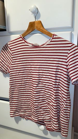 Red striped top for Sale in Baldwin Park, CA