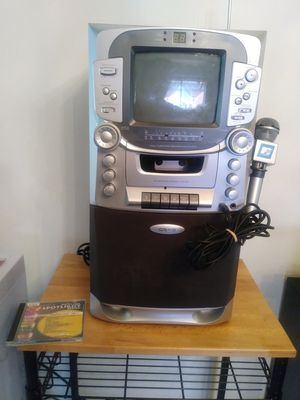 CRAIG CD GRAPHICS KARAOKE SYSTEM TV for Sale in Hazel Park, MI