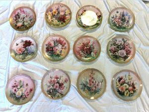 """Symphony Of Shimmering Beauty Series by Lena Liu """"Collector plate"""" Complete set for Sale in Maple Valley, WA"""