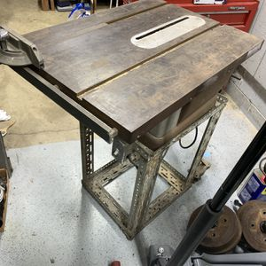 Old Craftsman Table Saw for Sale in Edgewood, WA