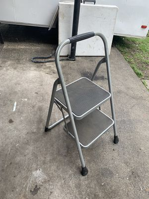 3ft step ladder for Sale in Tampa, FL