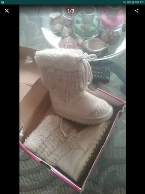 Twinkle toes skechers boots size 7c $8 for Sale in Hawthorne, CA