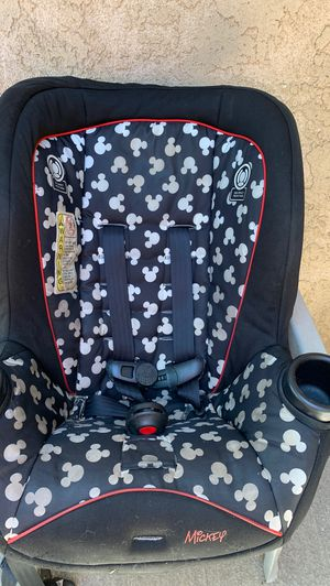 Car seat for Sale in Moreno Valley, CA