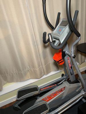 Schwinn 460 Elliptical for Sale in Bellevue, WA