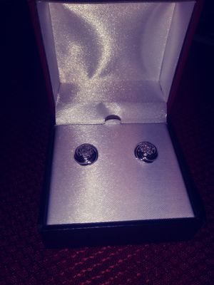 Diamond earrings for Sale in Wasco, CA