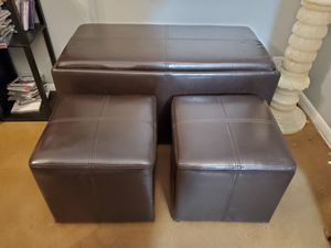 BENCH WITH STORAGE AND 2 OTTOMAN for Sale in Scottsdale, AZ