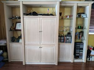 White wash oak wall unit for Sale in Fort Lauderdale, FL
