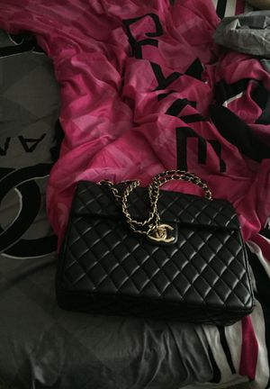 IF YOU WANT CHANEL COME GET IT 😜 💯% REAL CHANEL BAG for Sale in College Park, GA