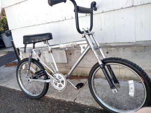 Vintage Kawasaki bx 200 bmx bike for Sale in Tacoma, WA