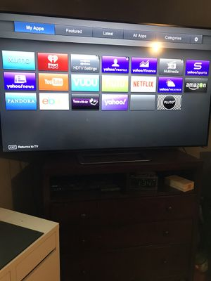 Vizio smart tv 65 inch for Sale in Commerce City, CO