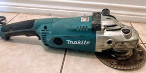 Makita 7 inch Angle Grinder is built around a powerful 15 Amp motor for Sale in Spring, TX