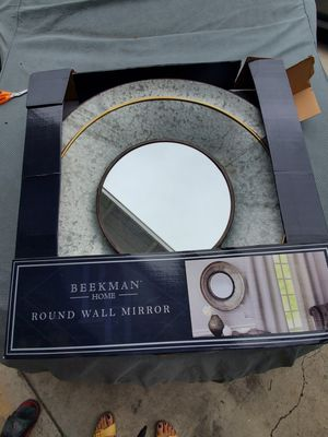 Round wall mirror for Sale in Garden Grove, CA