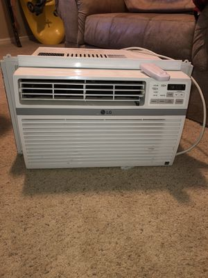 Window air conditioning unit for Sale in Evergreen, CO