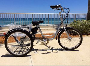 3-Wheel Electric Bicycle goes 25 mph Rechargeable for Sale in Lake Worth, FL